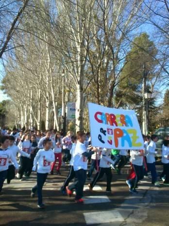 Herencia carrera solidaria de la paz ceip carrasco alcalde 2 348x465 - 370 euros recaudados por el colegio Carrasco Alcalde en favor de Save the Children