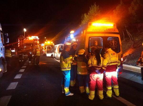 asistencia en el accidente de Madrid - Dos muertos y cuatro heridos en un accidente de tráfico a la altura de Aranjuez