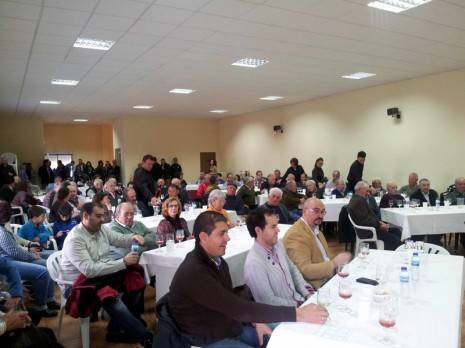 herencia publico presentacion vinos 1 465x348 - Presentados los nuevos vinos e imagen de la Cooperativa San José