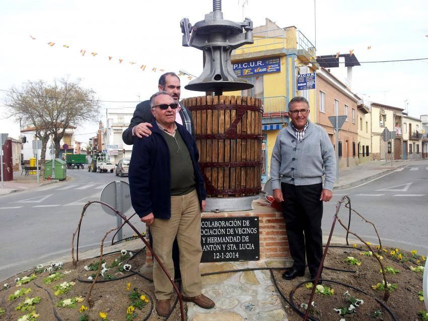 herencia san anton inauguracion principal - Inauguración oficial de la rotonda del barrio de San Antón