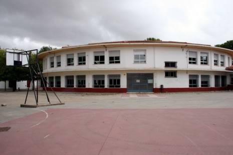 herencia colegio carrasco alcalde 465x309 - Abierta la inscripción en educación infantil para niños nacidos en 2011