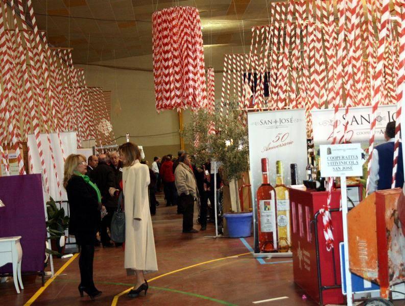 herencia feria estocaje 2013 foto archivo 3 - A concurso el diseño y montaje de la decoración de la V Feria del Comercio de Herencia