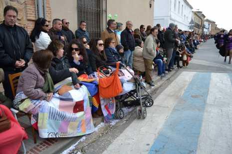 Público viendo el Ofertorio del Carnaval de Herencia