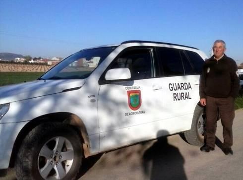 Nuevo vehículo del servicio de guardería rural de Herencia