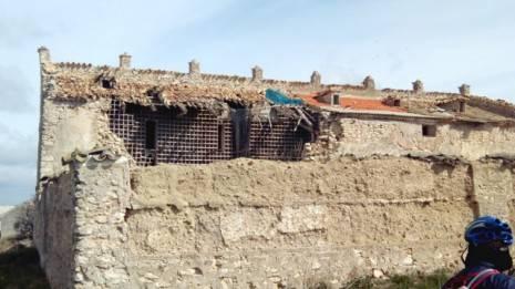 Restos del antiguo convento de Villacentenos hoy convertido en palomar