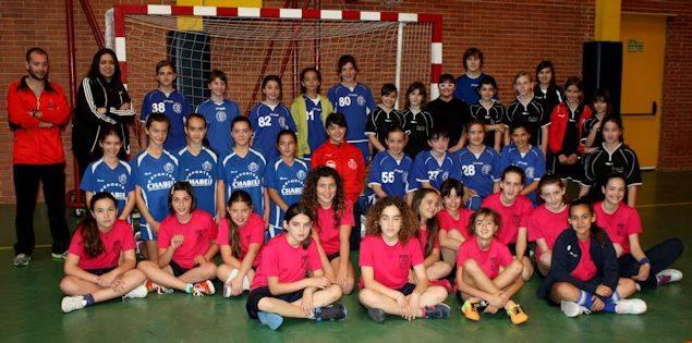 El Torneo Escolar «Zona Mancha» de balonmano reunió a 200 niños 1