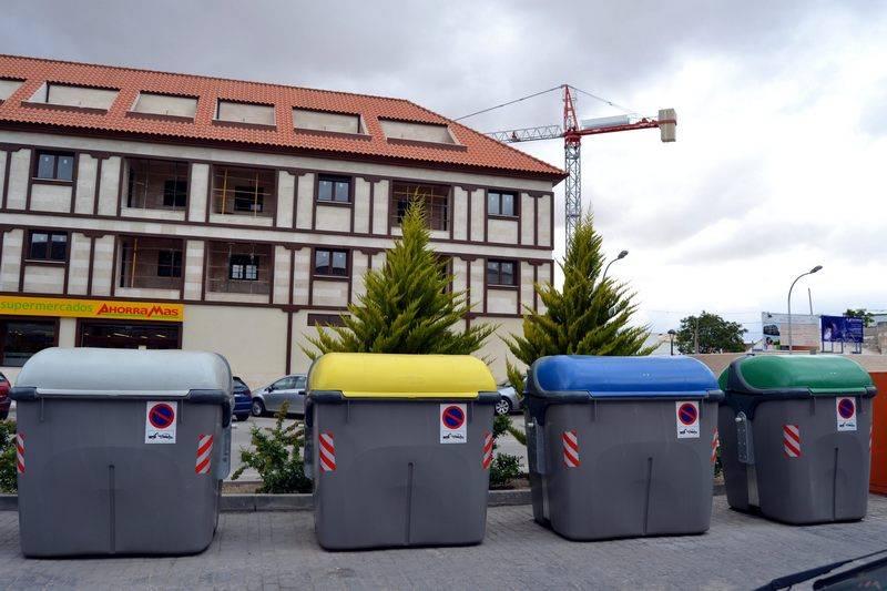 herencia nuevos contenedores - Comsermancha vuelve a incrementar en el año 2015 la recogida de basura y de la línea amarilla