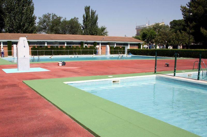 herencia piscina foto de archivo - Abierto el plazo de inscripción en el I Curso Clinic de Perfeccionamiento Fútbol Base, en colaboración con el Atlético de Madrid