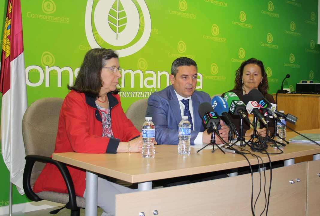 presidente y directora general 01 1068x720 - La Junta apoya el proyecto de Comsermancha con Europa para convertirse en líderes en Gestion de Residuos