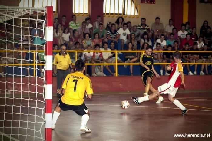 Foto de archivo: Final de la XXII Maratón de Fútbol Sala de Herencia