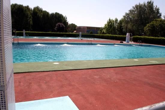 herencia piscinas gg - Todo preparado para la apertura de la piscina municipal el 21 de junio