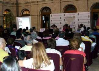 Público asistente a la segunda sesión de las jornadas de historia de Herencia