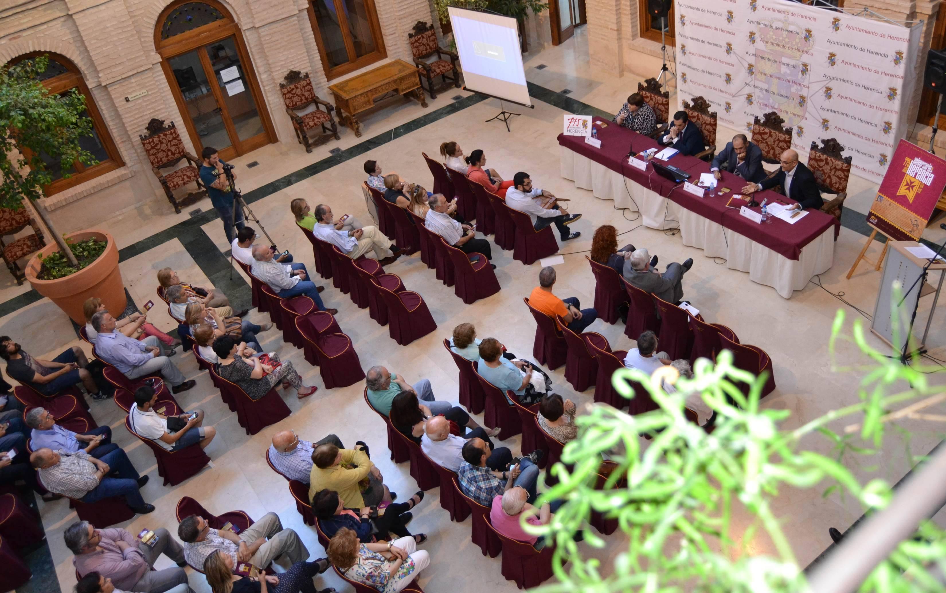 herencia 775 publico desde arriba - El jueves 12 continúan las jornadas de historia de Herencia