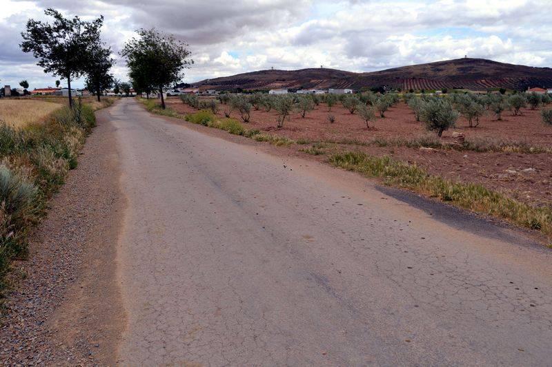 Arreglo de caminosherencia camino 1 - El Ayuntamiento de Herencia arreglará cerca de 10 kilómetros de caminos gracias al nuevo Plan de Diputación