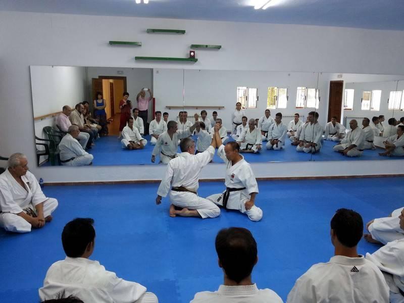 herencia maestro japones en clase 2 - Inaugurada la nueva sala deportiva polivalente municipal