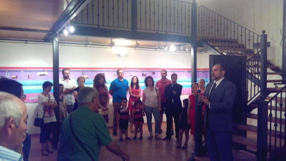 """El recorrido por la historia de Herencia, """"Origen: del Paleolítico a la Carta Puebla"""", despierta la curiosidad del público en su inauguración 1"""