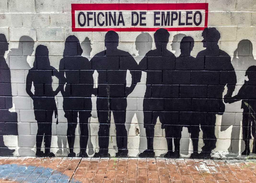 oficina de empleo 1068x763 - Evolución del paro en Herencia 2007 a julio 2014