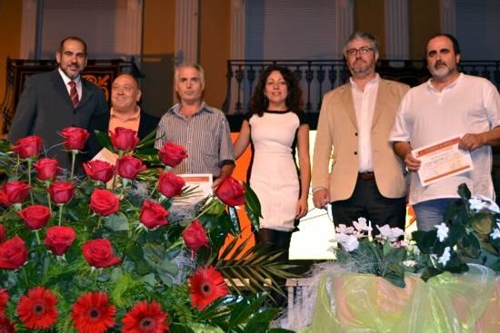 Premios del concurso de pintura y patrocinadores