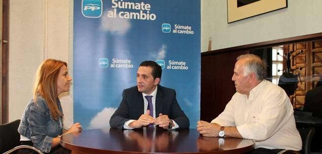 lucas torres con PP herencia - Lucas-Torres se reúne con el presidente del PP de Herencia