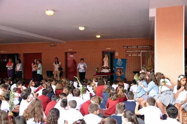 Actos por la Feria y Fiestas por Nuestra Señora de la Mercedes en Colegio