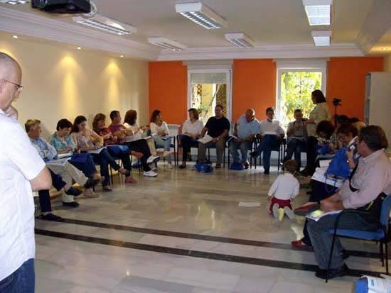 aldeas - Familias de Ciudad Real aprenden sobre acogimiento familiar con Aldeas Infantiles SOS