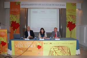 """ven y vino 2014 300x201 - """"Castilla-La Mancha necesita mucha gente con la botella bajo el brazo paseándose por el mundo"""""""