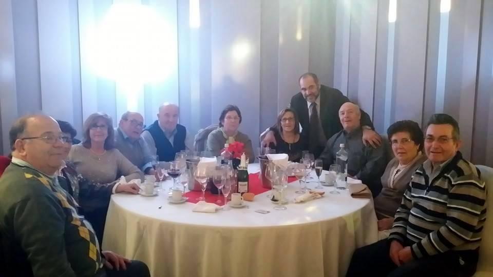 3 herencia asoc. consejo mayores 2 con alcalde - Las asociaciones de mayores y la de discapacitados de Herencia celebran sus comidas de Navidad