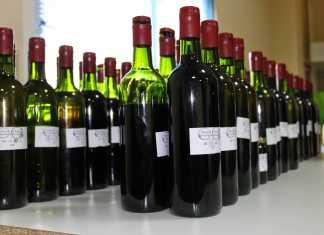 Muestras presentadas al concurso. Foto: Asociación de Amigos del Vino de Herencia