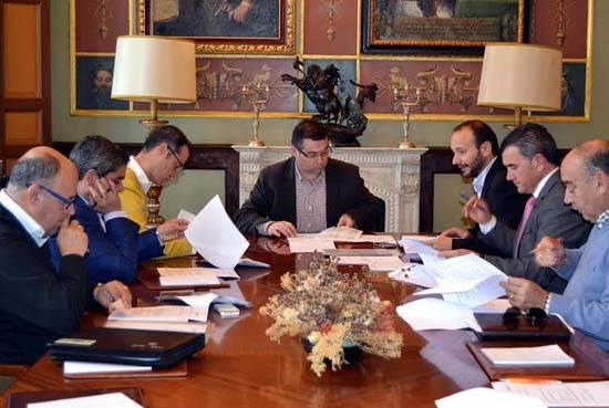 Emaser Ciudad Real aprueba por unanimidad congelar tarifas y el presupuesto para 2015 1