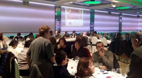 herencia discapcitados b g - Las asociaciones de mayores y la de discapacitados de Herencia celebran sus comidas de Navidad
