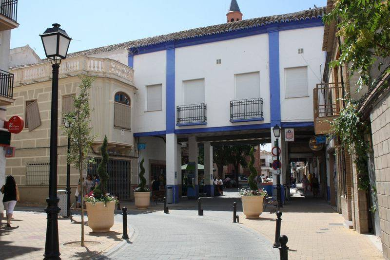 Ordenanza reguladora de las condiciones estéticas de los edificios ubicados en la Plaza de España de Herencia 1