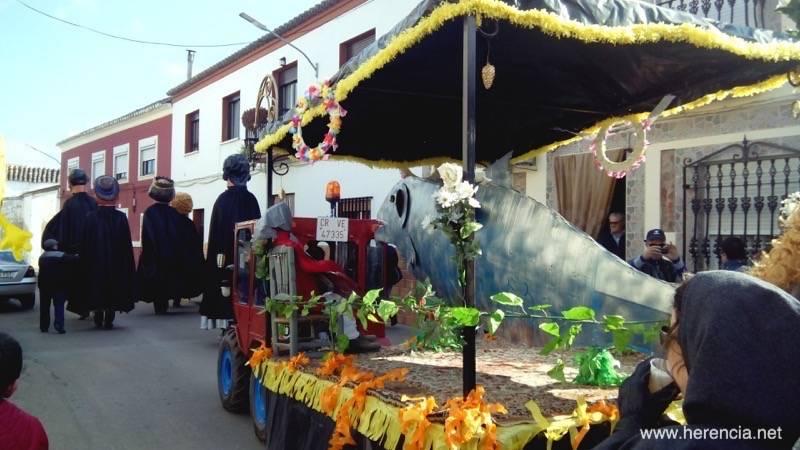 Entierro de la Sardina de Herencia 2015 b - El Entierro de la Sardina pone fin al Carnaval de Herencia (vídeo)