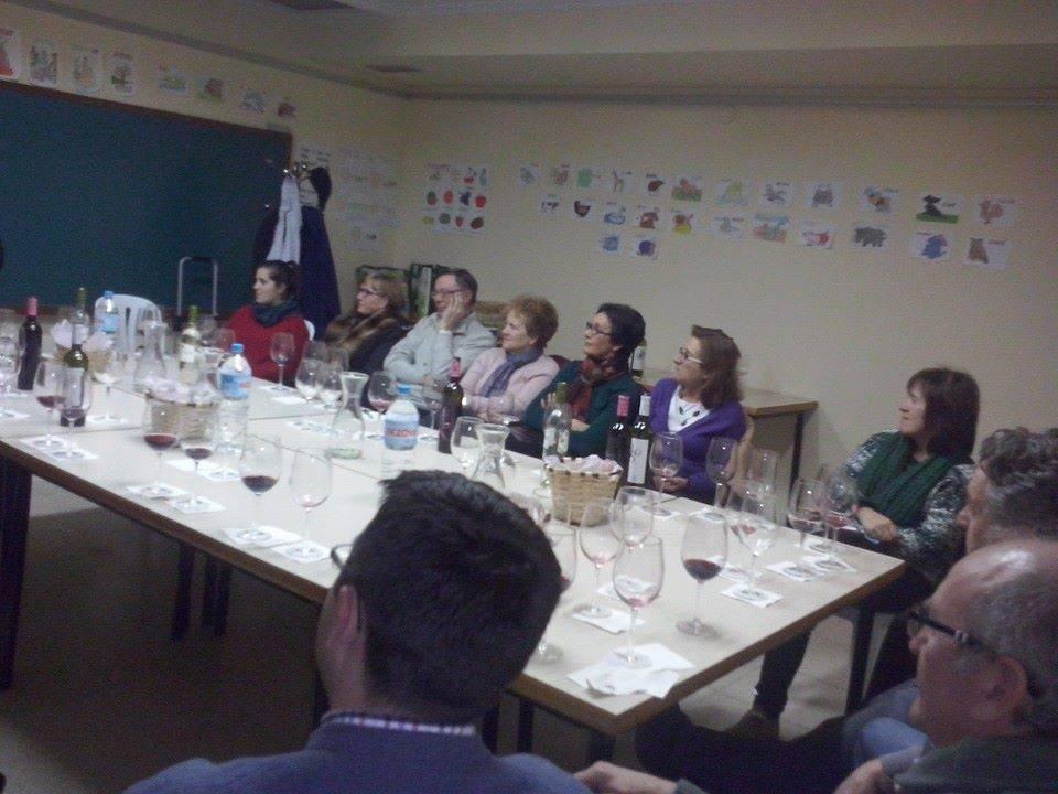 Escuchando al vino Afammer Herencia - Afammer une el vino y la literatura en la biblioteca municipal de Herencia