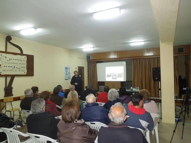 Jose MAnuel Velasco durante su ponencia sobre las cofradías de ánimas - José Manuel Velasco desgrana la historia de las ánimas en Herencia y Villafranca