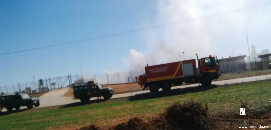 La UME interviene en la planta de gas de Alcázar de San Juan 14