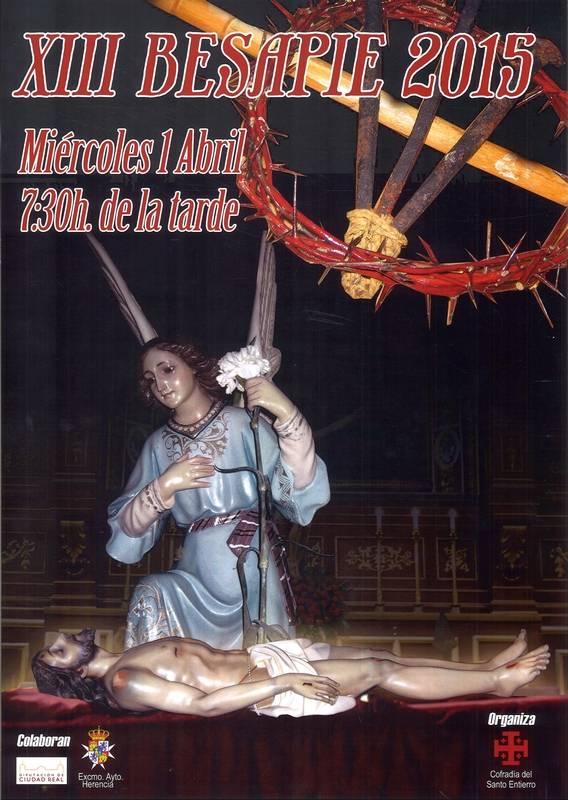 XIII Besapie Santo Entierro - La cofradía del Santo Entierro organiza su tradicional besapié
