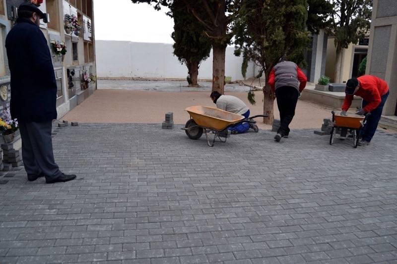 herencia obras cementerio red - La adjudicación de la Semivariante y la moción de apoyo al Plan de Choque por el Empleo, puntos a destacar en el pleno del Ayuntamiento