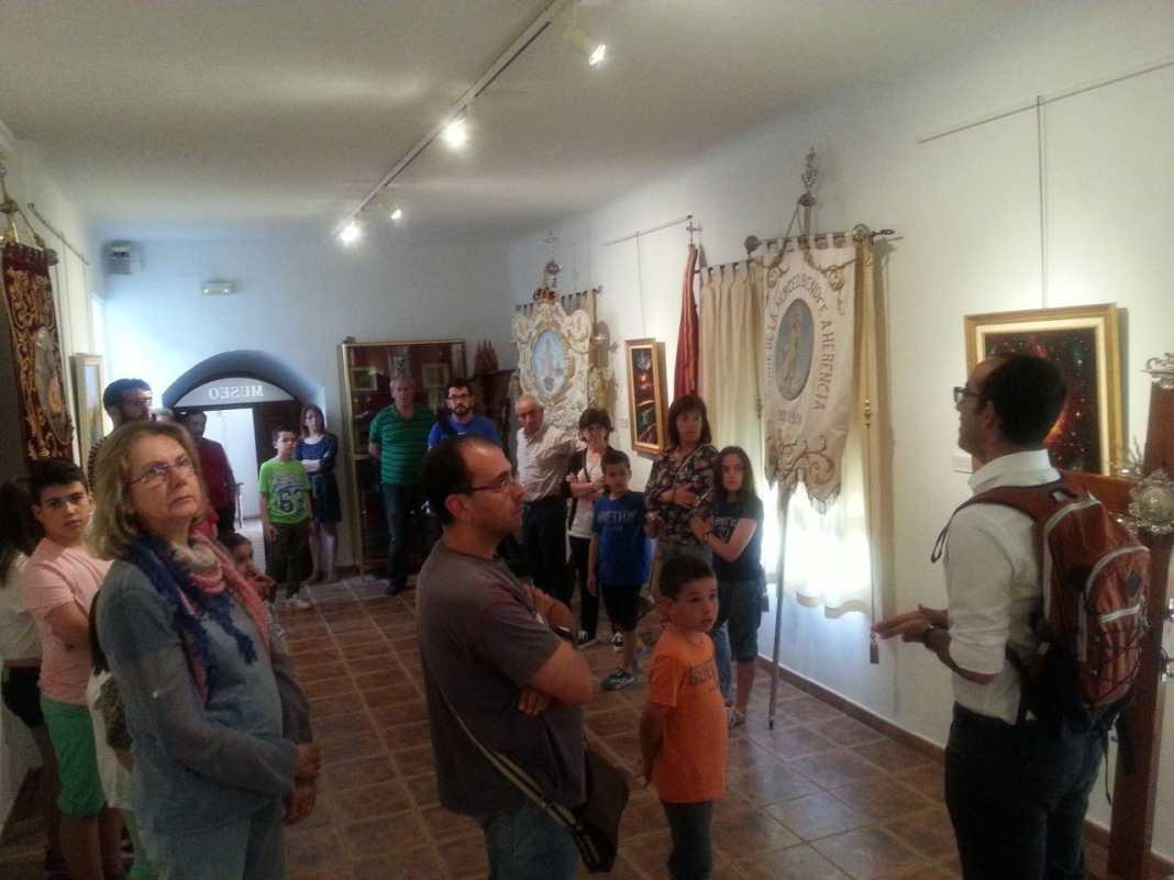 visita casa museo de la merced de herencia 16 05 2015 8 1068x801 - Visita a la casa-museo de La Merced para conmemorar el Día Internacional de los Museos
