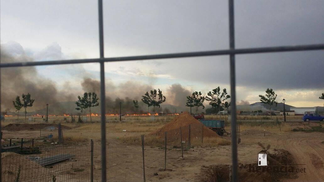 incendias en herencia ciudad real 6 - Incendios en campos de Herencia