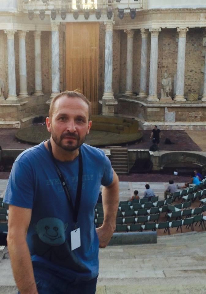 Rafael Garrigos en el teatro romano de Merida