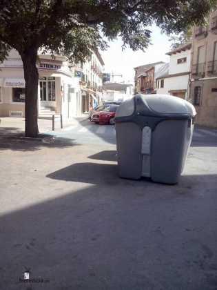 Contenedores de basura 2