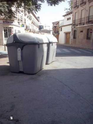 Contenedores de basura 3