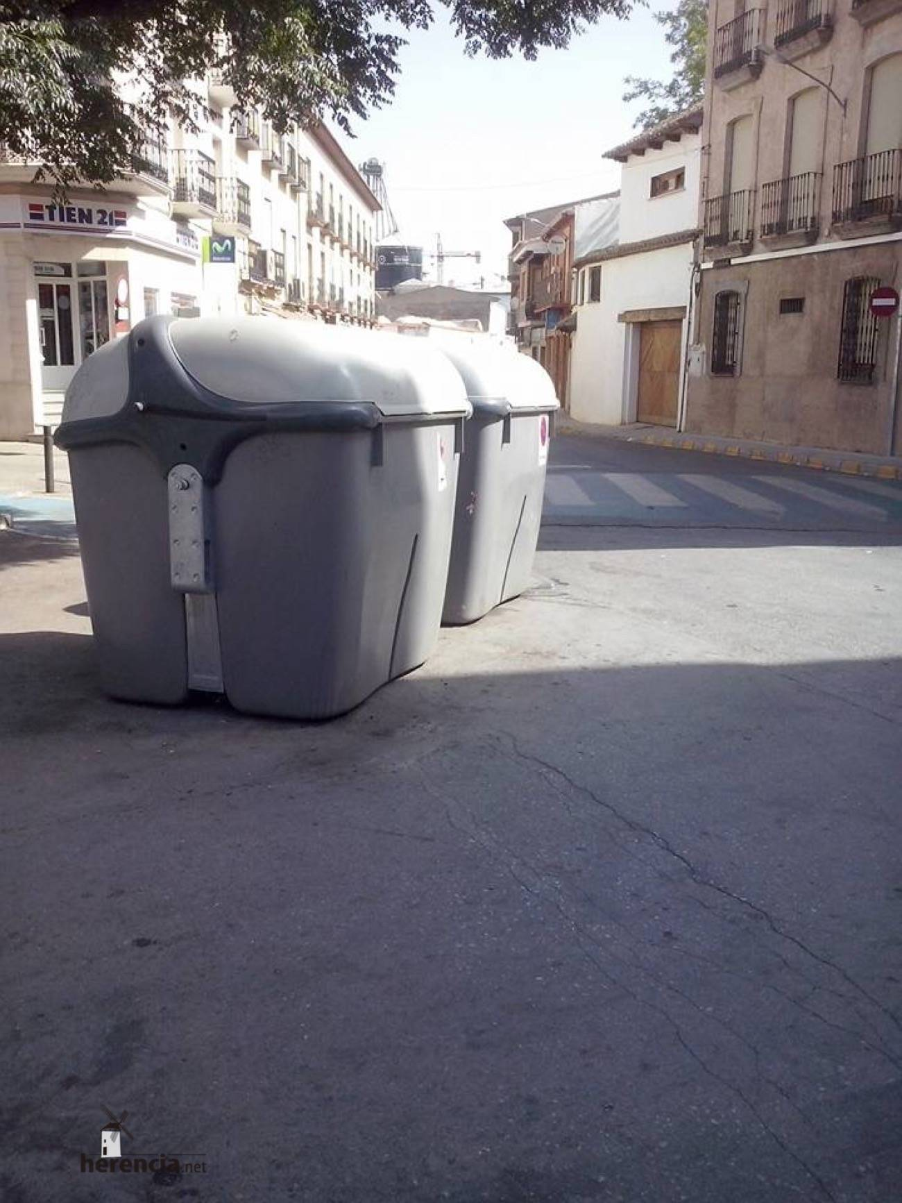 contenedores de basura en herencia - 4
