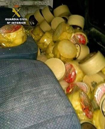 robo quesos Herencia - Detenidos robando 537 quesos en una nave de Herencia