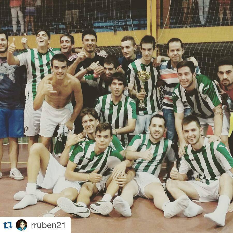 El Besolla FS gana la maratón de fútbol sala de Herencia 1