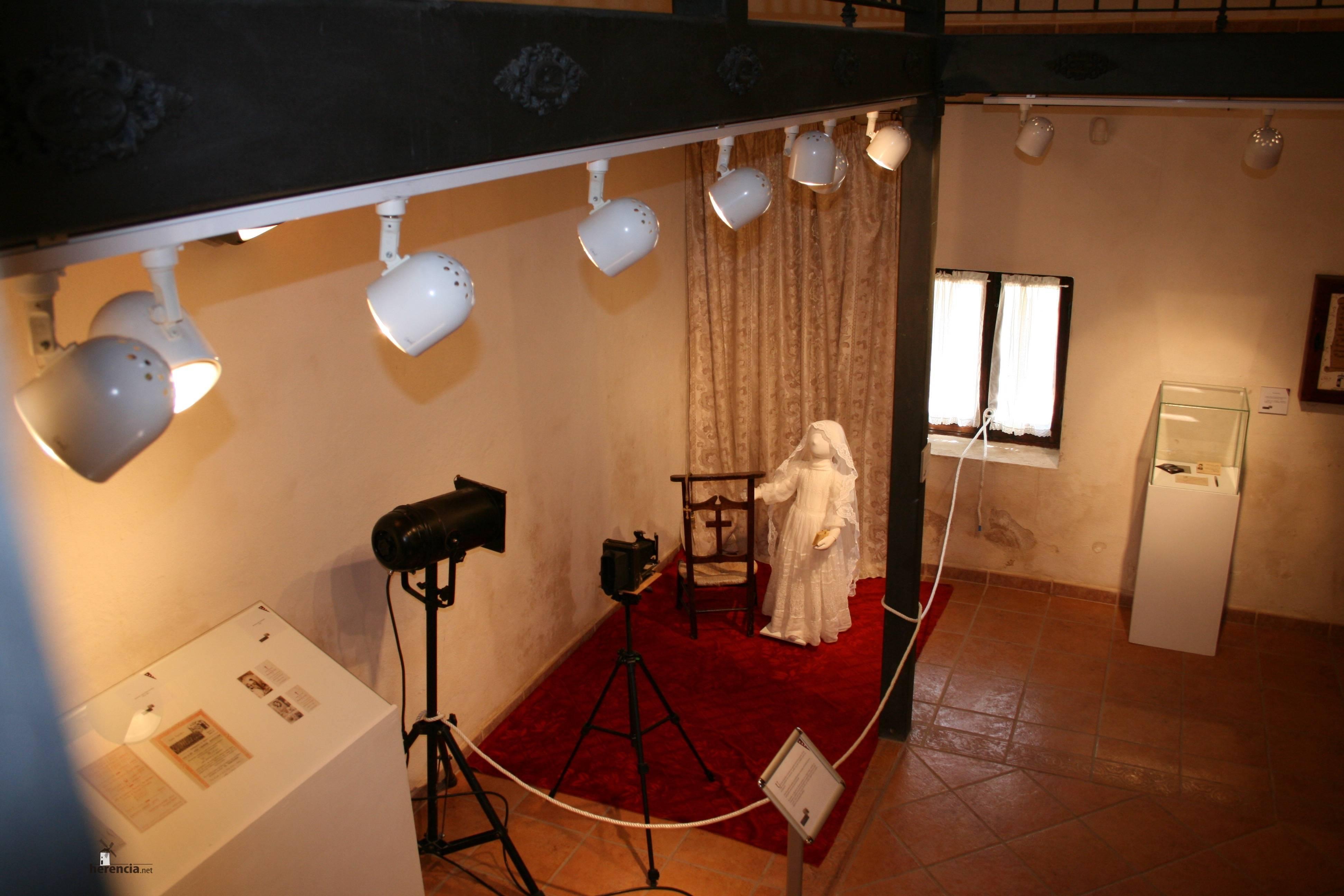 exposicion generoso medina 3 - La exposición de Generoso Medina ampliada una semana