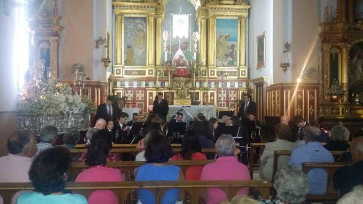 Concierto de la agrupación musical Santa Cecilia 747x420 - Feria y Fiestas de Herencia en imágenes