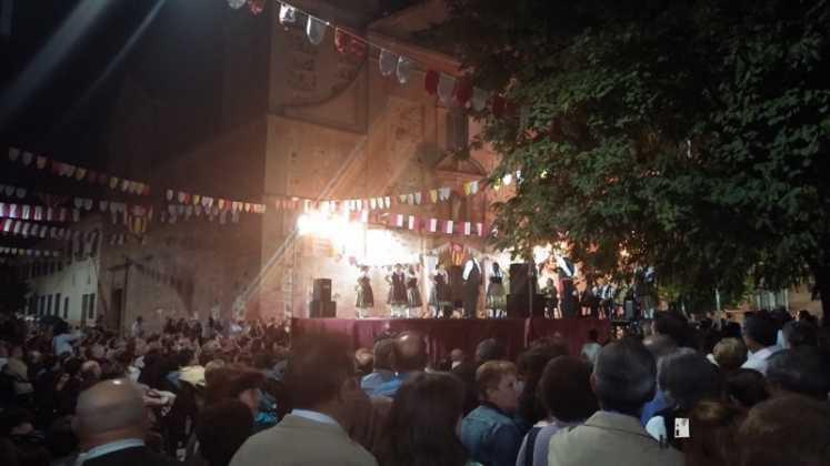 Grupo de coros y danzas veteranos 747x420 - Feria y Fiestas de Herencia en imágenes