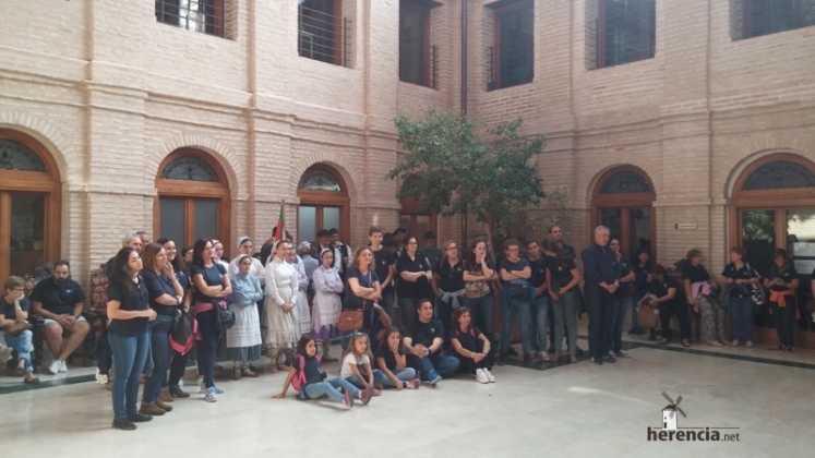 Recepción grupos de coros y danza de Extremadura y Pais Vasco 747x420 - Feria y Fiestas de Herencia en imágenes