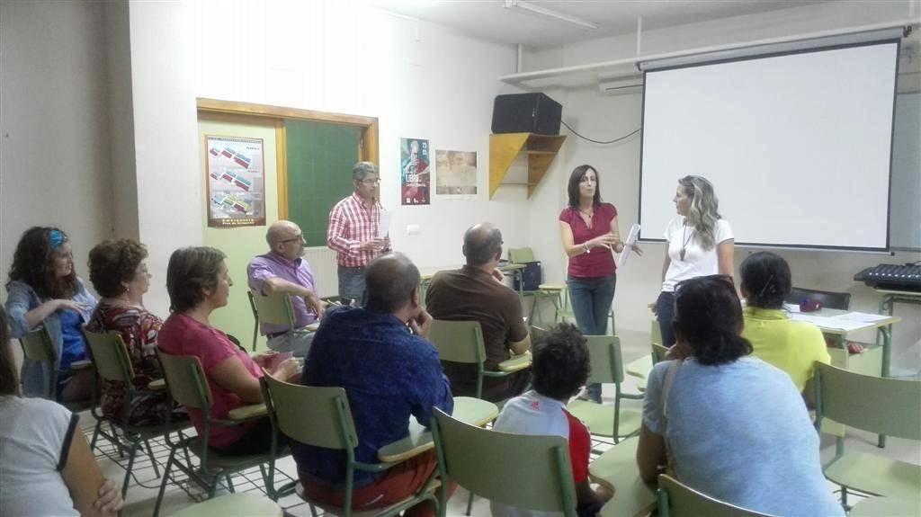 Reunión preparatoria para el intercambio de alumnos entre el IES Hermóges Rodríguez y un instituto de Francia